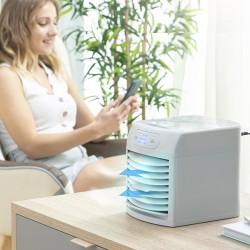 Prenosná mini evaporačná klimatizácia Freezyq+ - LED - InnovaGoods