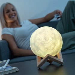 Nabíjacia LED lampa Luna Moondy - InnovaGoods